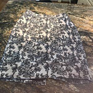 Ann Taylor pencil skirt size 4 floral